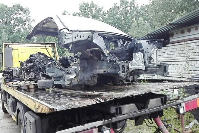 Policja zlikwidowała dziuplę samochodową w Halinowie