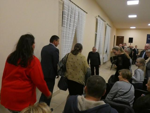 Posłanka Krystyna Pawłowicz na spotkaniu w OSP Sulejówek