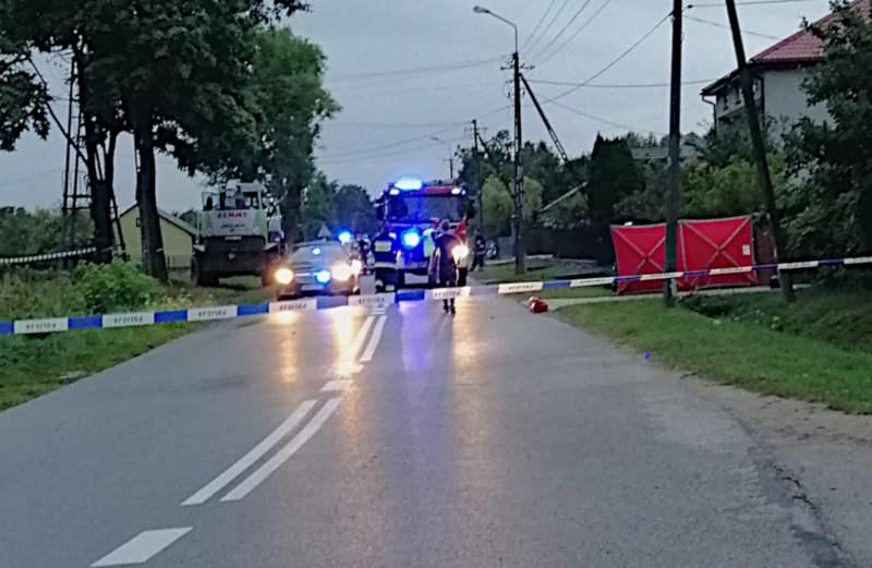 Tragiczny wypadek z udziałem motocyklisty w miejscowości Piaseczno w gminie Cegłów (Źródło: KPP w Mińsku Mazowieckim)