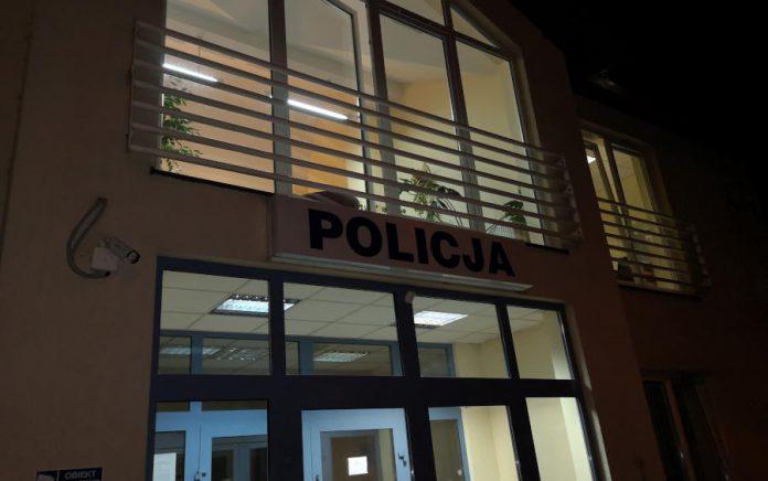 Budynek Komisariatu Policji w Sulejówku. (Fot: Hubert Wasilewski)