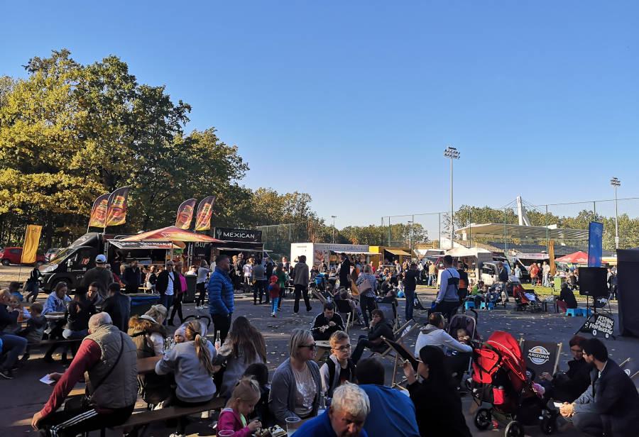 Fotorelacja z I Festiwalu Smaków Food Trucków w Sulejówku 2019 (Fot: Hubert Wasilewski)